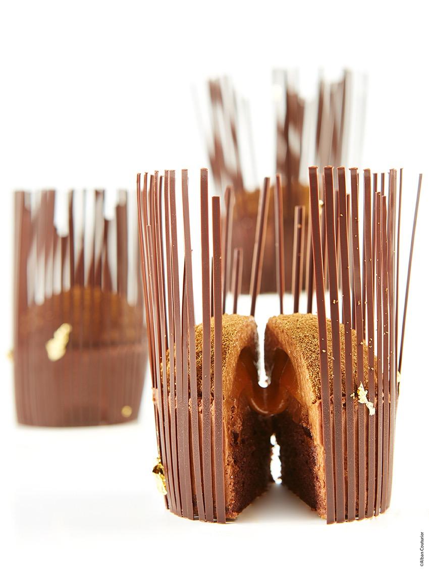 Cage au coeur caramel fondant, François Perret, chef Patissier du Ritz Paris ©Alban Couturier