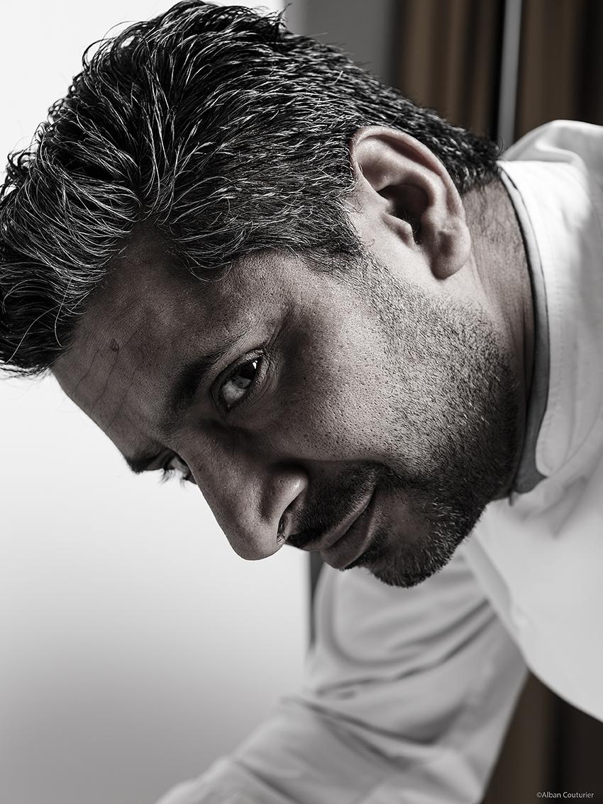 Portrait du chef Sylvestre Wahid; restaurant Sylvestre, HotelThoumieux, 2 etoiles au guide Michelin, 79 rue saint dominique, Paris 7