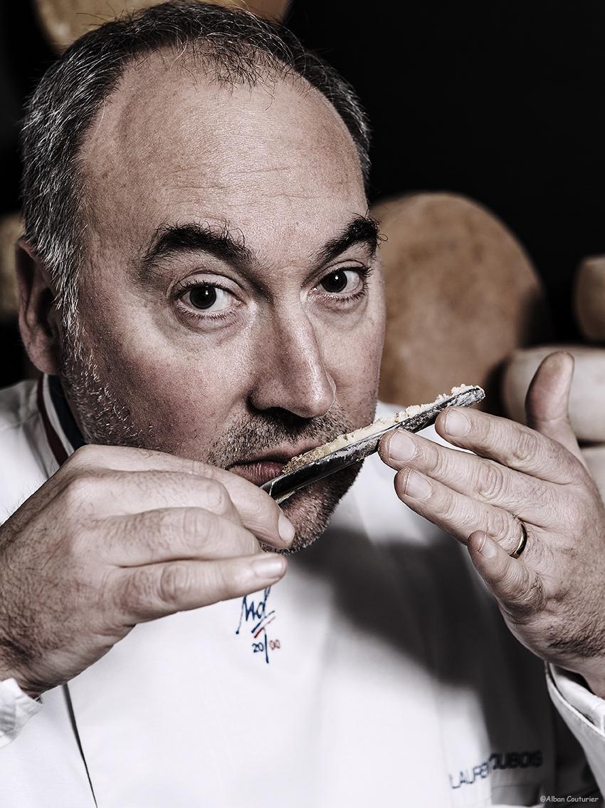 Portrait du Meilleur Ouvrier de France Laurent Dubois, Specialite Fromage, en degustation ! ©Alban Couturier