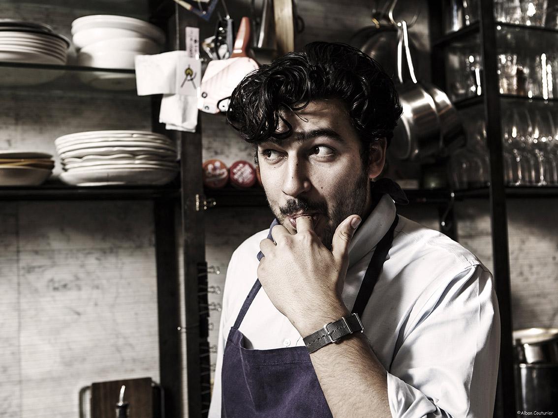 Portrait pour le magazine Le Point, Pierre Touitou, Restaurant Vivant,Paris 9 ©Alban Couturier