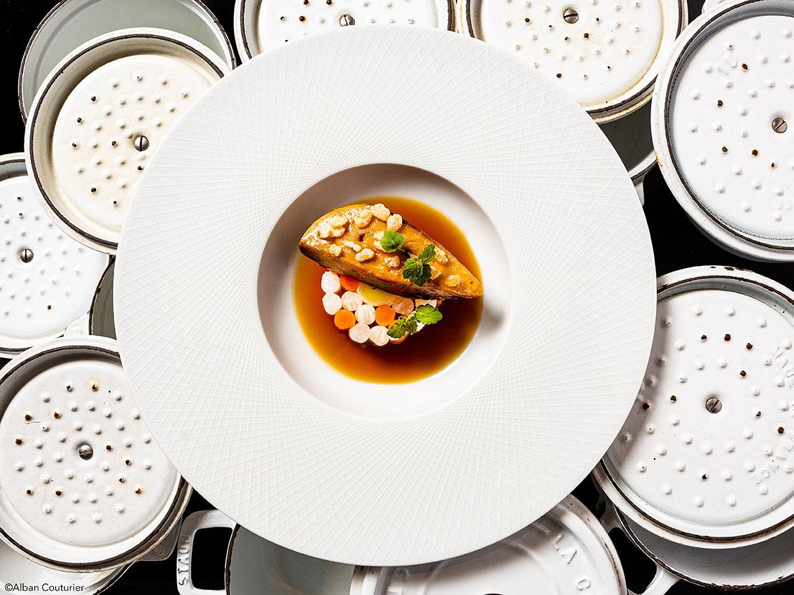 Foie gras de canard poché  Comme un pot au feu, restaurant Le Chiberta, chef et ami Irwin Durand, 1 etoile au guide Michelin, Paris ©Alban Couturier