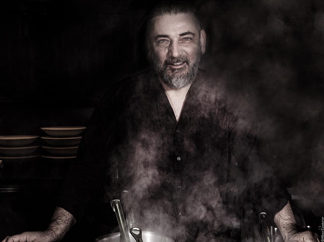 The Bear's Kitchen...Quand L'Ours t'invite dans son Antre, Portrait du chef et Ami Jacky Ribault, 1 etoile au guide Michelin, Vincennes ©Alban Couturier
