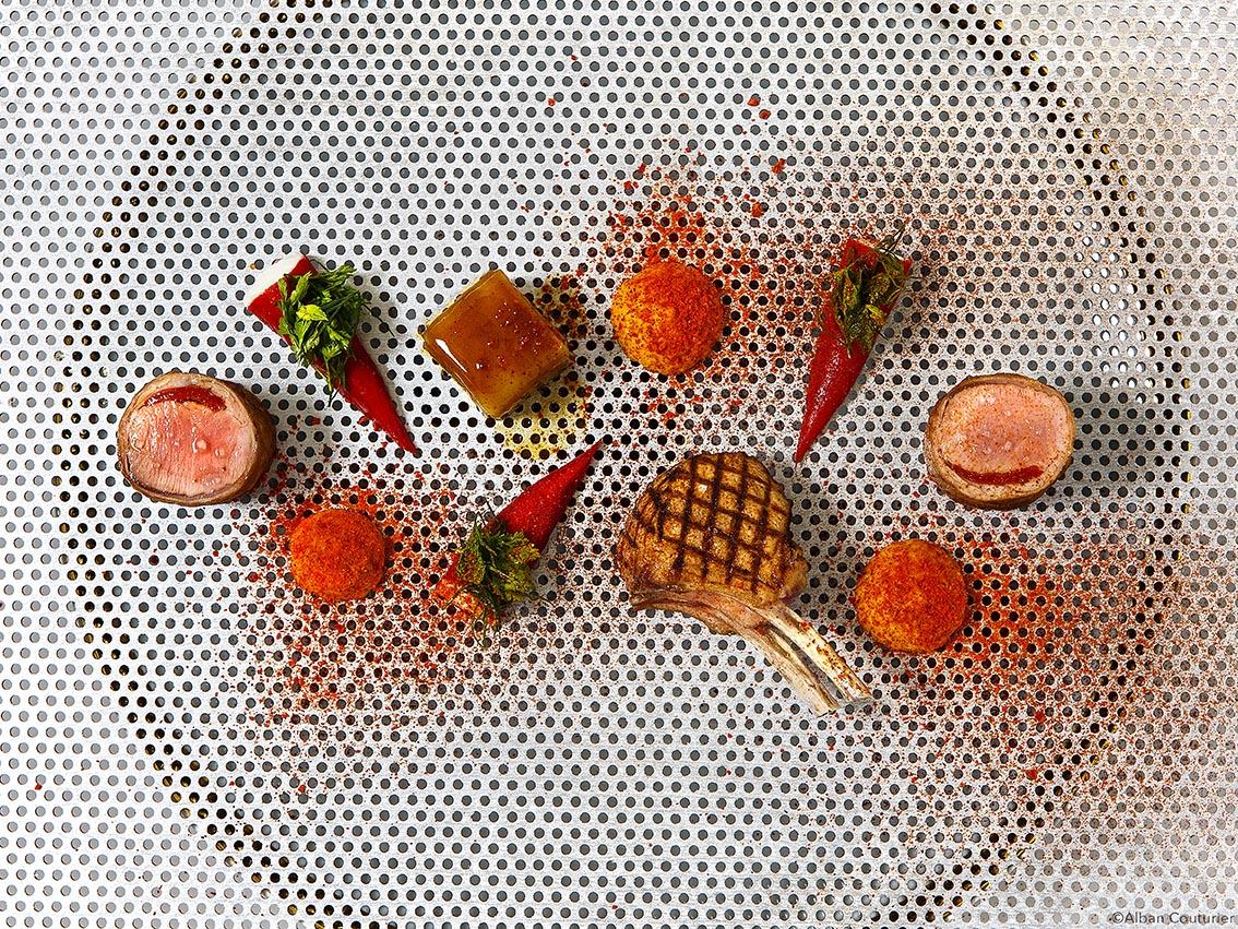 Agneau Pequillos, recette du chef et Ami Nicolas Sale, 2 étoiles au guide Michelin, epoque Ritz Paris, serie pour le magazine cuisne AD ©Alban Couturier
